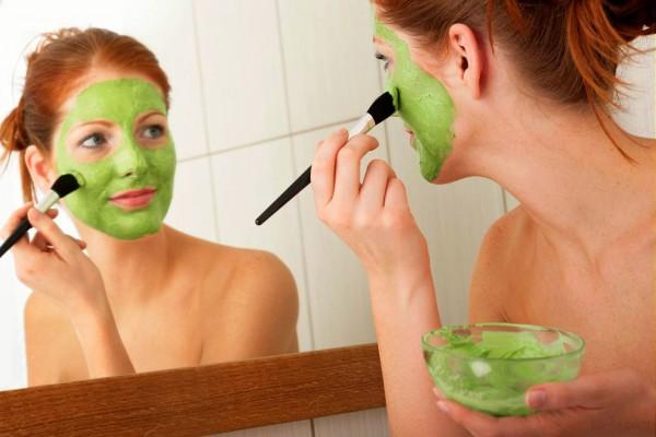 Потенциально опасные вещества, содержащиеся в масках для лица